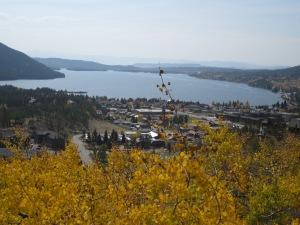 Beautiful views of the lake.