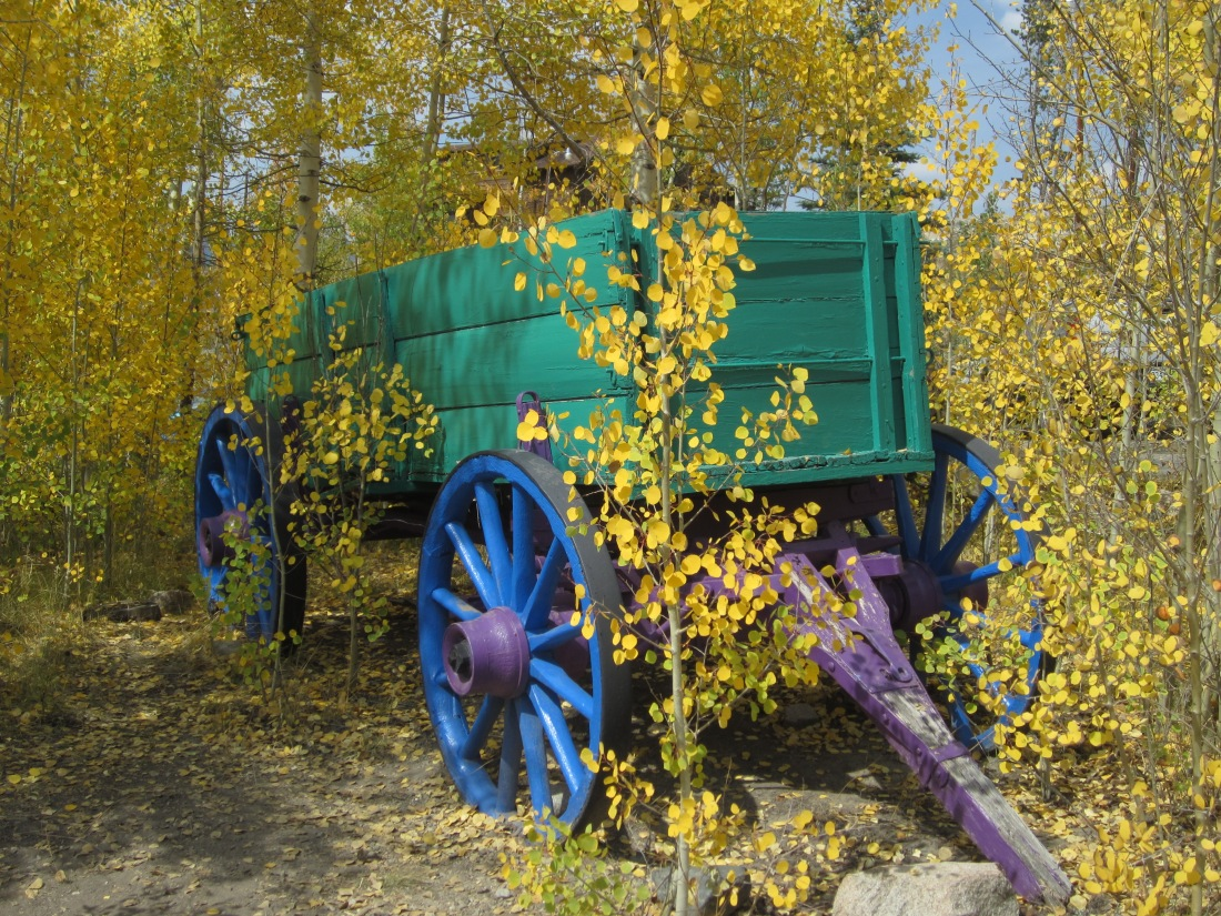 Painted wagon at the Lodge.