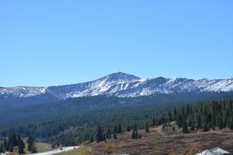 Vail Pass rest area looking east toward Copper Mt. No aspens!!