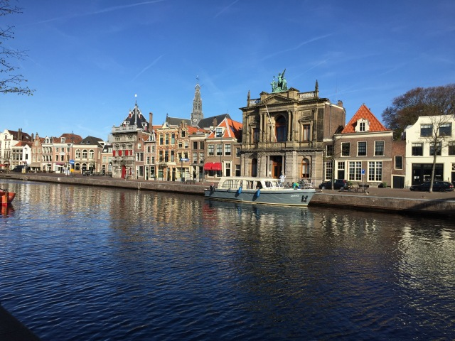 Leaving Haarlem Tuesday morning.  Pretty as a picture.