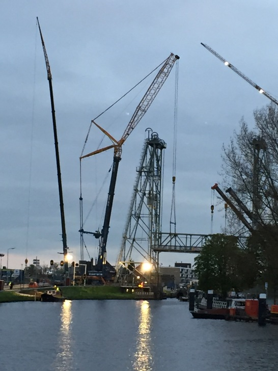 Dutch engineering is on the job. Thankfully our barge was not trapped on the other side else we'd be staying in Gouda many nights!