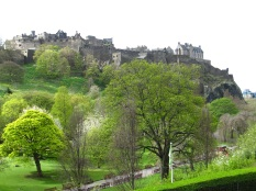You can see the Edinburgh Castle from everywhere.