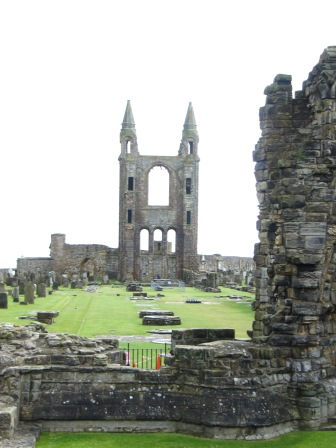 Cathedral is said to have been 391 feet long, the largest ever built in Scotland.